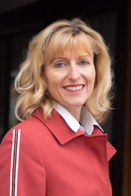 Portraitfoto der Kandidatin für das Bürgermeisterinnenamt Rinteln Andrea Lange